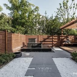 现代别墅花园实景设计