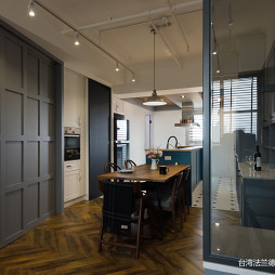 LOFT二居餐厅隔断设计