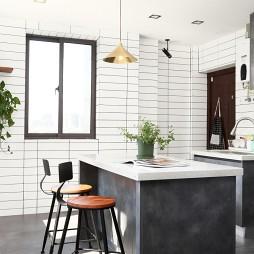 LOFT风格三居厨房设计图