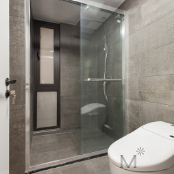 现代风格灰调浴室设计图