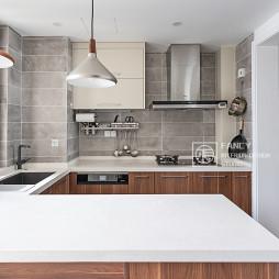 精简现代的厨房