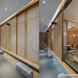 日式料理包厢门设计