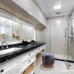 輕奢混搭衛浴設計