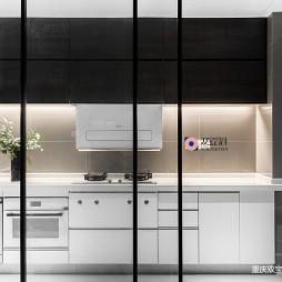 三居现代厨房设计