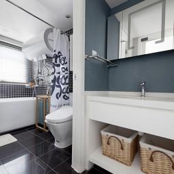 小复式日式卫浴设计
