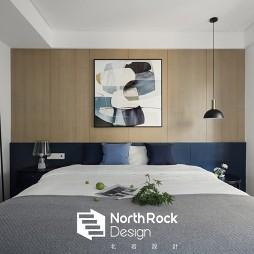 撞色现代卧室设计