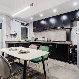 现代简约厨房橱柜设计图