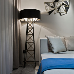 现代三居客厅落地灯图片
