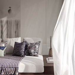 低调现代复式客厅设计