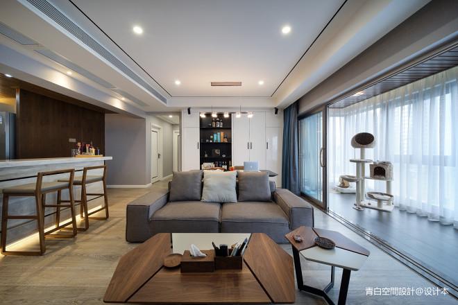 灰白现代客厅沙发图片