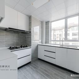 精简现代厨房设计图片