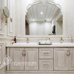 法式浪漫别墅卫浴洗手台设计