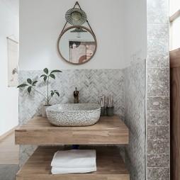 89m²北欧日式卫浴洗手台设计