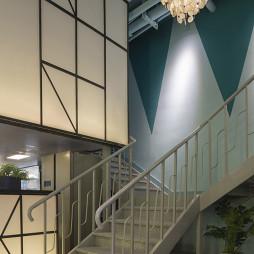 岭南花街中餐厅楼梯实景图片