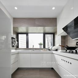 现代风小复式厨房设计图