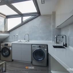 简约复式洗衣房设计图