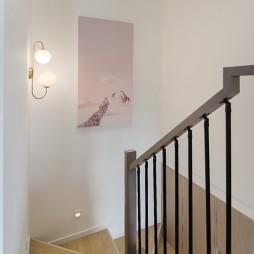 小复式北欧风楼梯设计