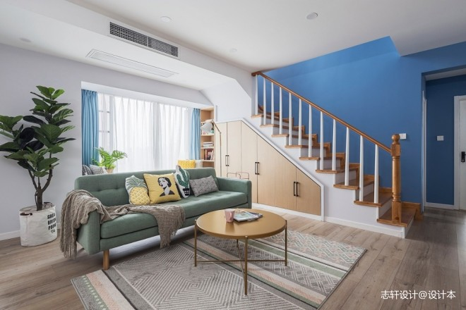 简约清新北欧客厅沙发图