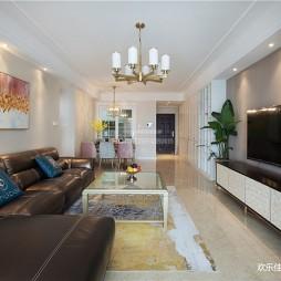 轻奢三居室客厅设计