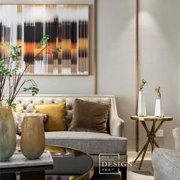 柔和美式客厅沙发图