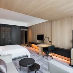 中法风韵中山保利艾美酒店客房设计图片