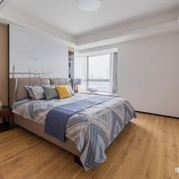 现代简约主卧室实景图片