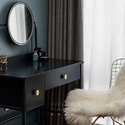 欧式豪华风卧室梳妆台设计