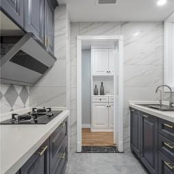 美式经典厨房装修图