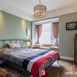 新作  卧室图片
