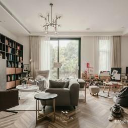 235平米现代简约—一楼客厅