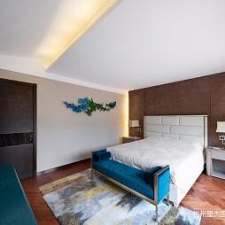 玛德兰斯现代轻奢风格装修—卧室图片