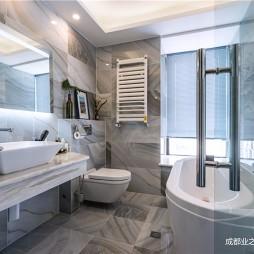 120平米现代简约——卫生间图片