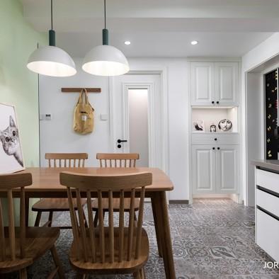 门厅柜移对面。让出餐区位还做了开放式厨房_3788029