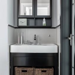 90平米现代简约卫生间图片