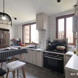 三居现代简约厨房图片