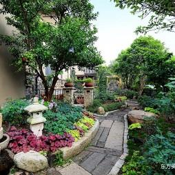被花园拥簇的家——花园图片