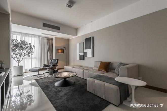 120平米精装房——客厅图片