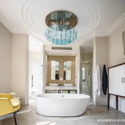 1000平时尚轻奢——卫生间图片