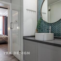 现代—复式轻奢住宅——卫生间图片