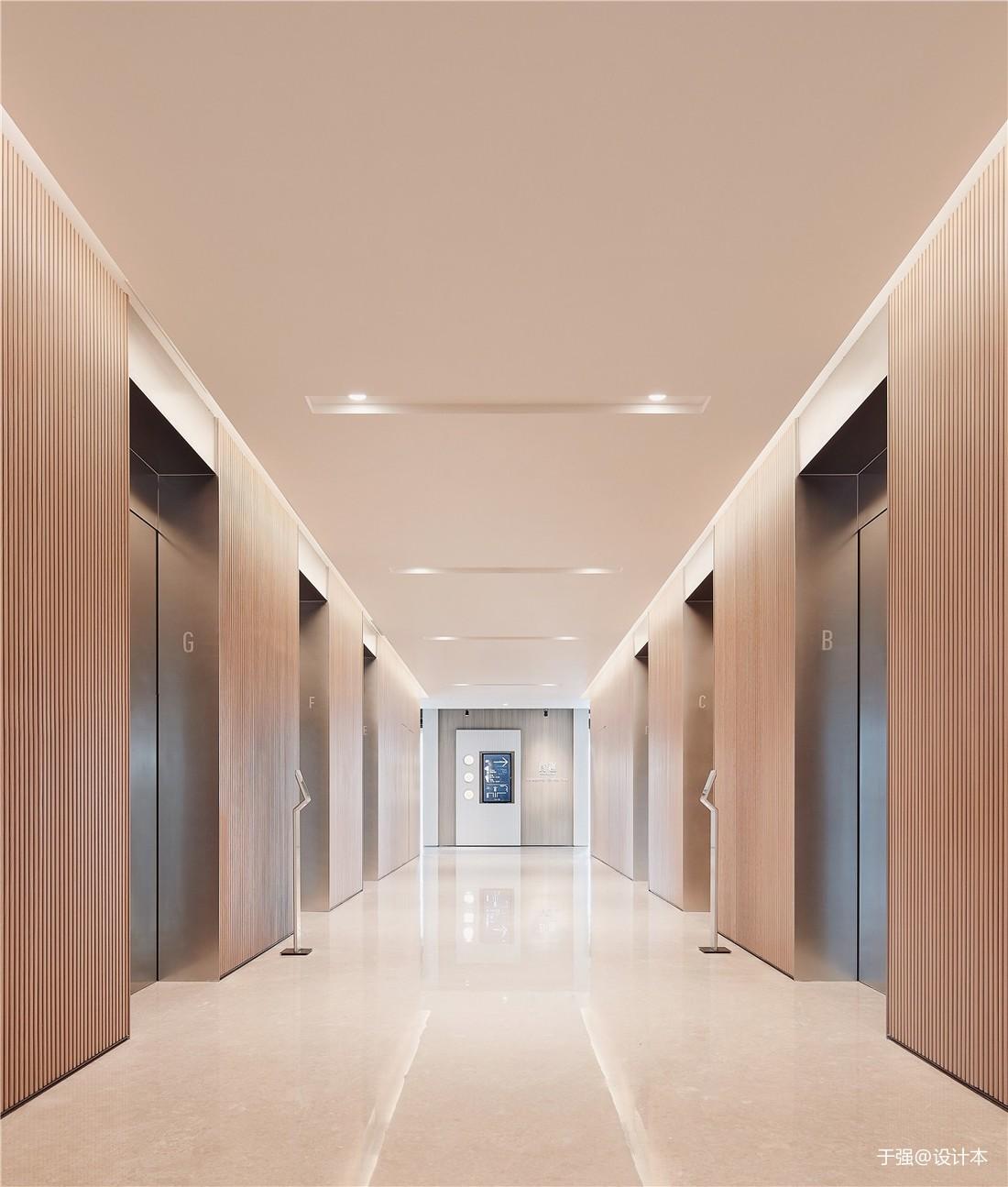 深圳湾一号T7员工食堂——电梯区图片
