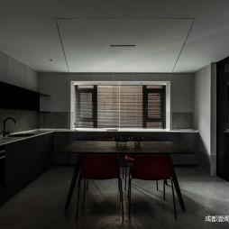 大型餐厅厨房设计