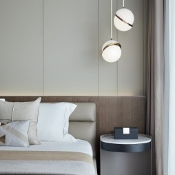 卧室床头小桌子图片大全