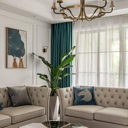 客厅沙发墙壁装饰
