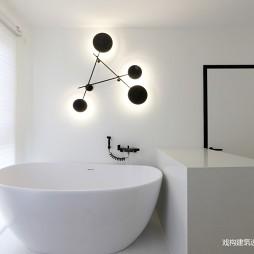 小卫生间浴缸