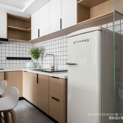 u型小厨房橱柜效果图