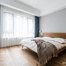 小型主卧室装修效果图