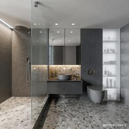 小型公寓卫生间装修