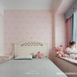 粉色儿童房窗帘