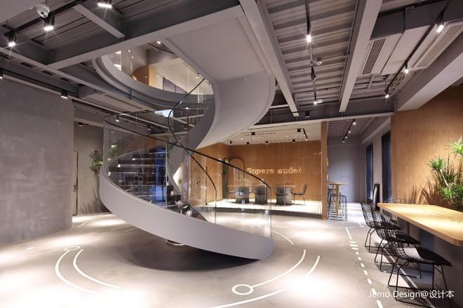 """""""学院精神""""文化主题咖啡馆楼梯设计"""