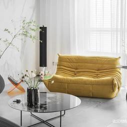 现代简洁客厅图